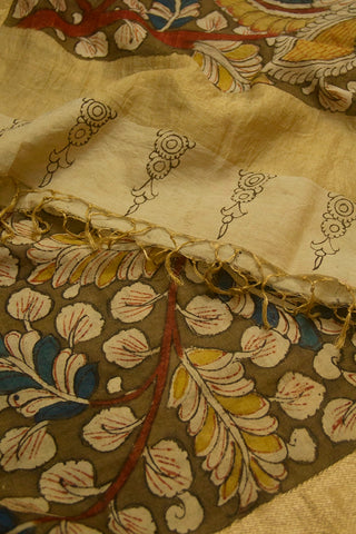 Fenugreek with Blue Peacock Painted Kalamkari Maheshwari Dupatta