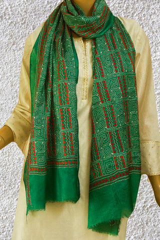 Circles and Squares Tussar Silk Kantha Embroidered Stole