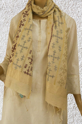 Cream Kutch Embroidered Moonga Tussar Silk Stole