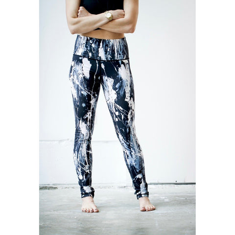 Black and White Feather Splash Yoga Leggings