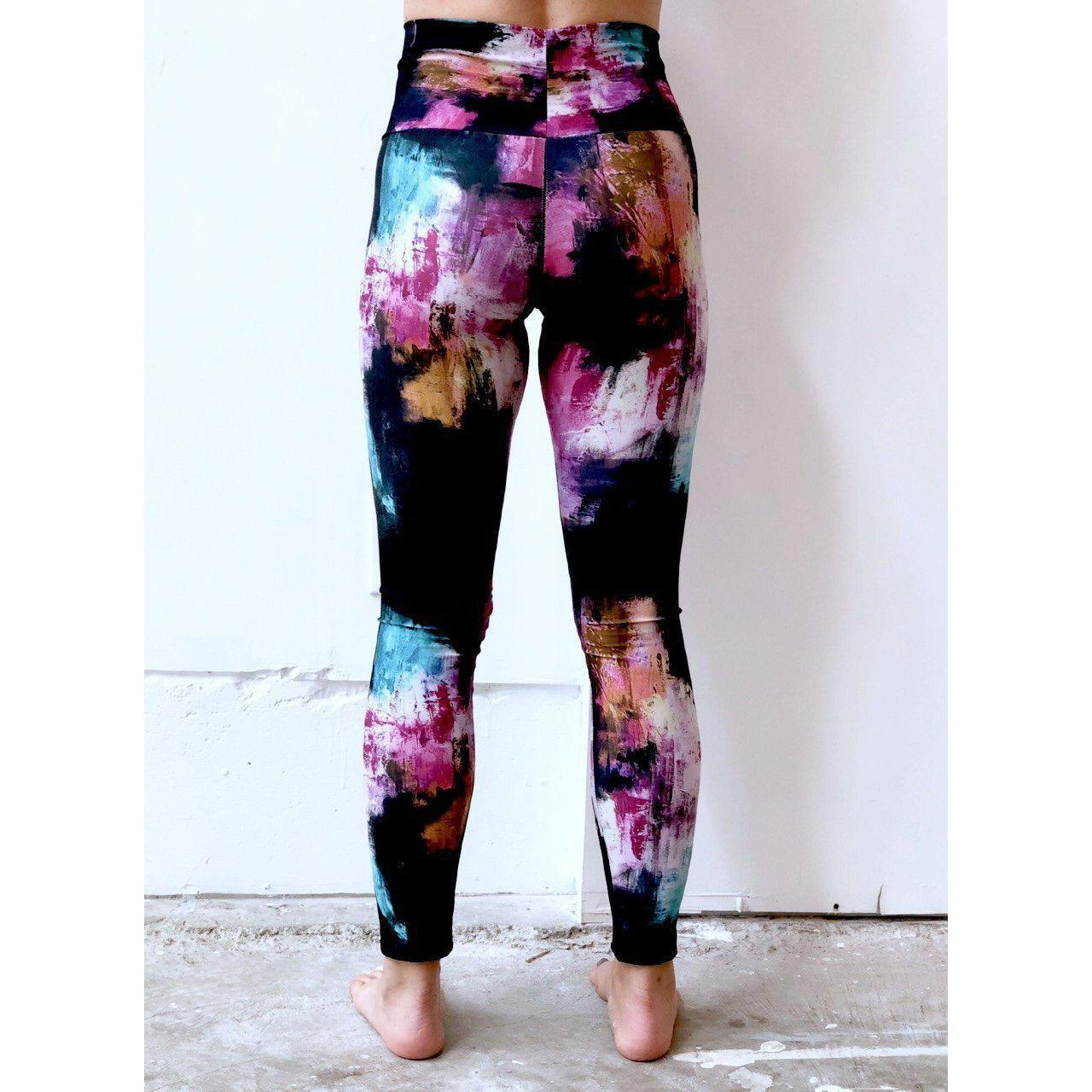 Black Aqua Pink Yoga Leggings