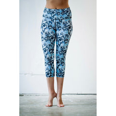 Black Blue Rose Yoga Capris