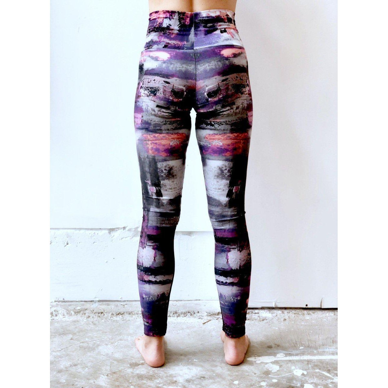 Graphic Gray Purple Pink Yoga Leggings
