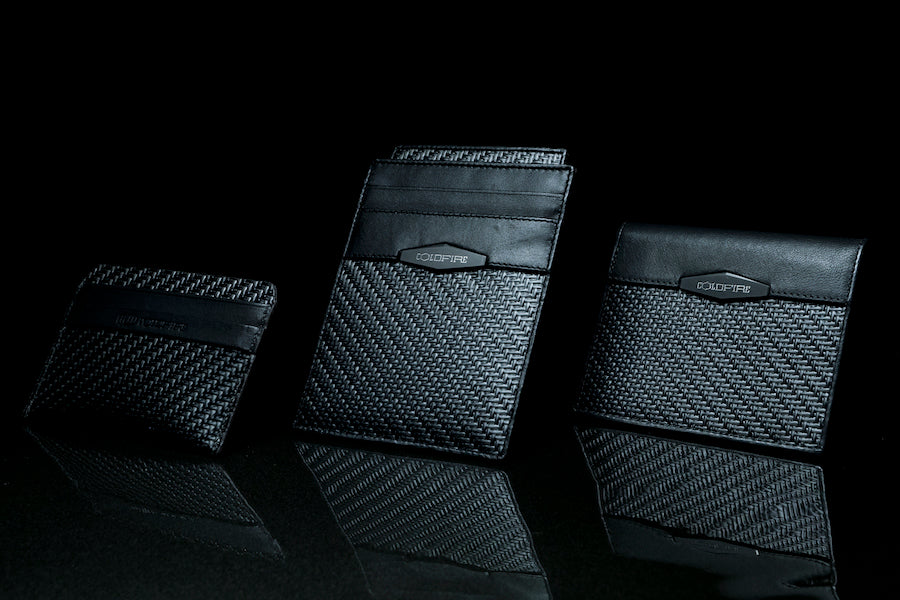 Gift ideas for guys, how to buy a wallet, what to look for in wallets, what makes a wallet good, carbon fiber wallets, men's carbon fiber wallets, men's accessories, men's leather accessories, luxury leather accessories, carbon fiber wallets for men, carb