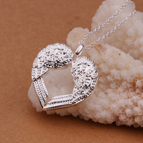 2016 Rhinestone Inlaid Peach Heart Angel Wing Shaped Silver Plated Woman Pendant Necklace Jewelry Accessories
