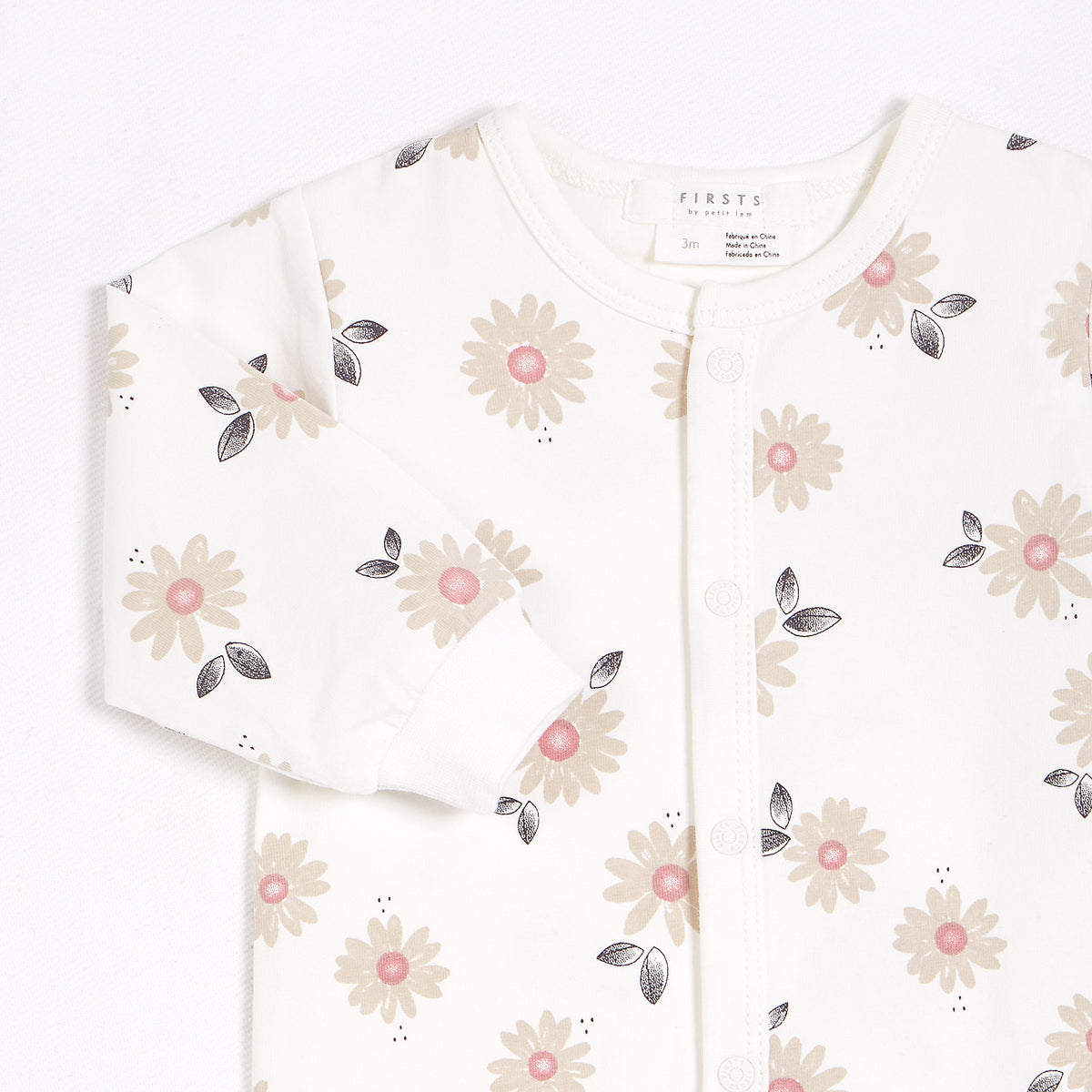 Marguerites Print on Off-White Footed Sleeper