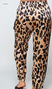 Play Your Cards Right Curvy Gal Jogger Pant