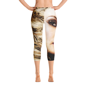 """ Mysterious Blonde "" Capri Leggings"