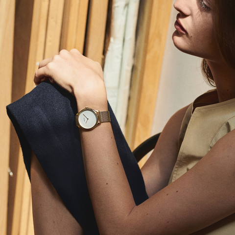 minimalist watch women with mesh strap lune by nacre watches