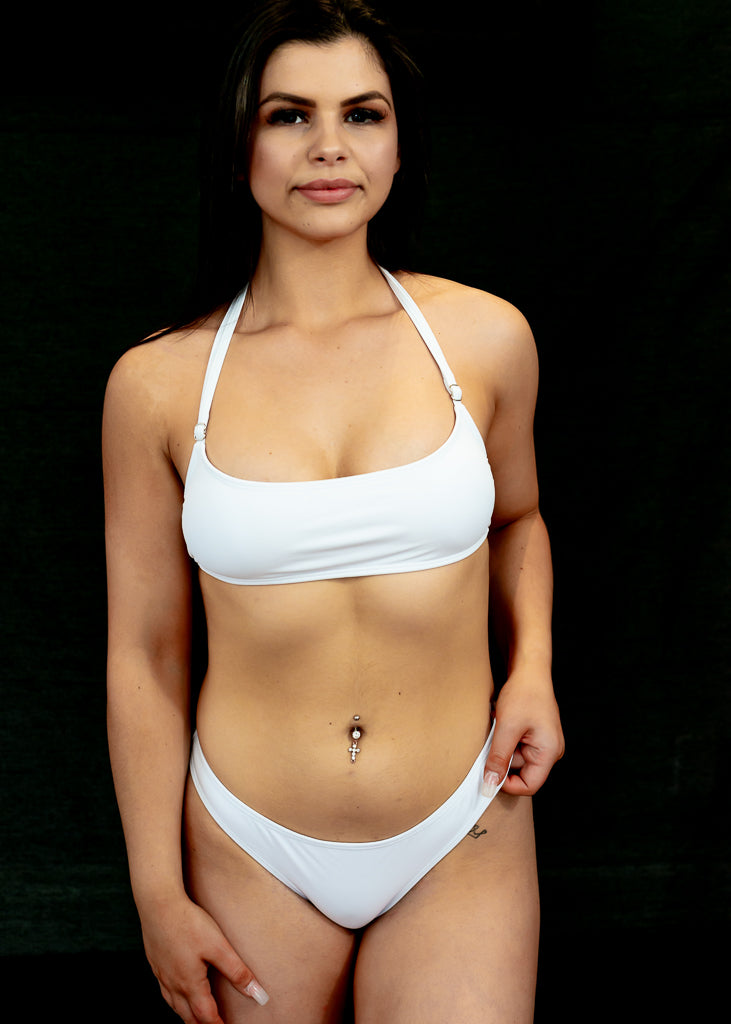 White Catch A Vibe Bikini Top - BAY BLING BEAUTY