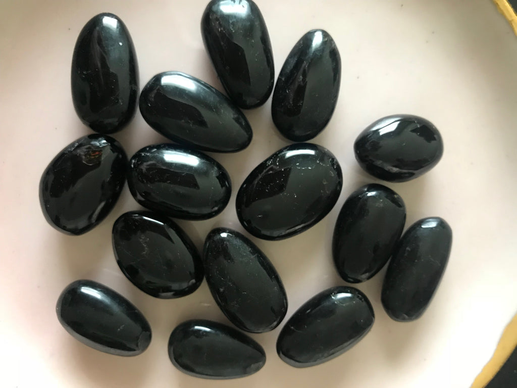 Black Tourmaline – An Empath's Best Friend
