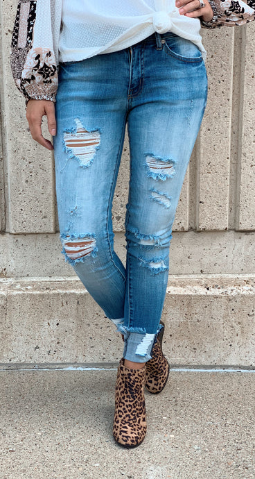 Lightwash Distressed Mid-rise Jeans