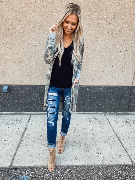 Long Camo Pocket Cardigan