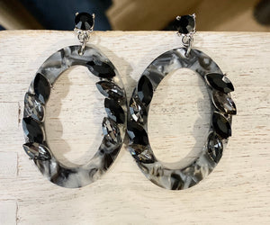 Marble Oval Earring with Black and Silver Stud Accents