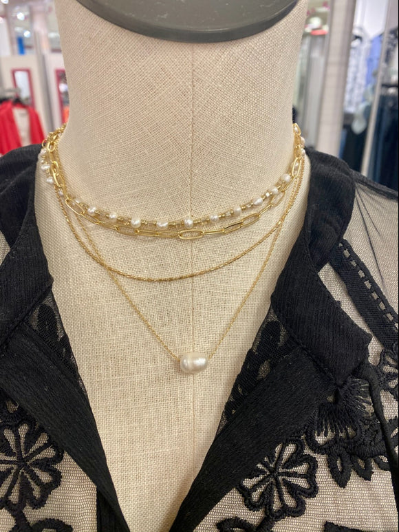 White Pearl Gold Layered Necklace