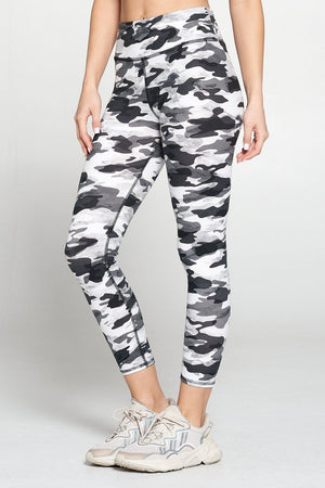 Women's Regular Waisted Black and White Camoflauge leggings