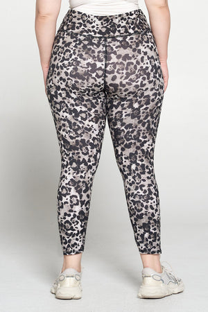 Plus Size Cheetah Airbrush Legging