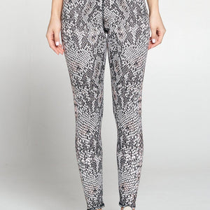 Sofia - Bright Snake 7/8 Legging (Regular-Waist)