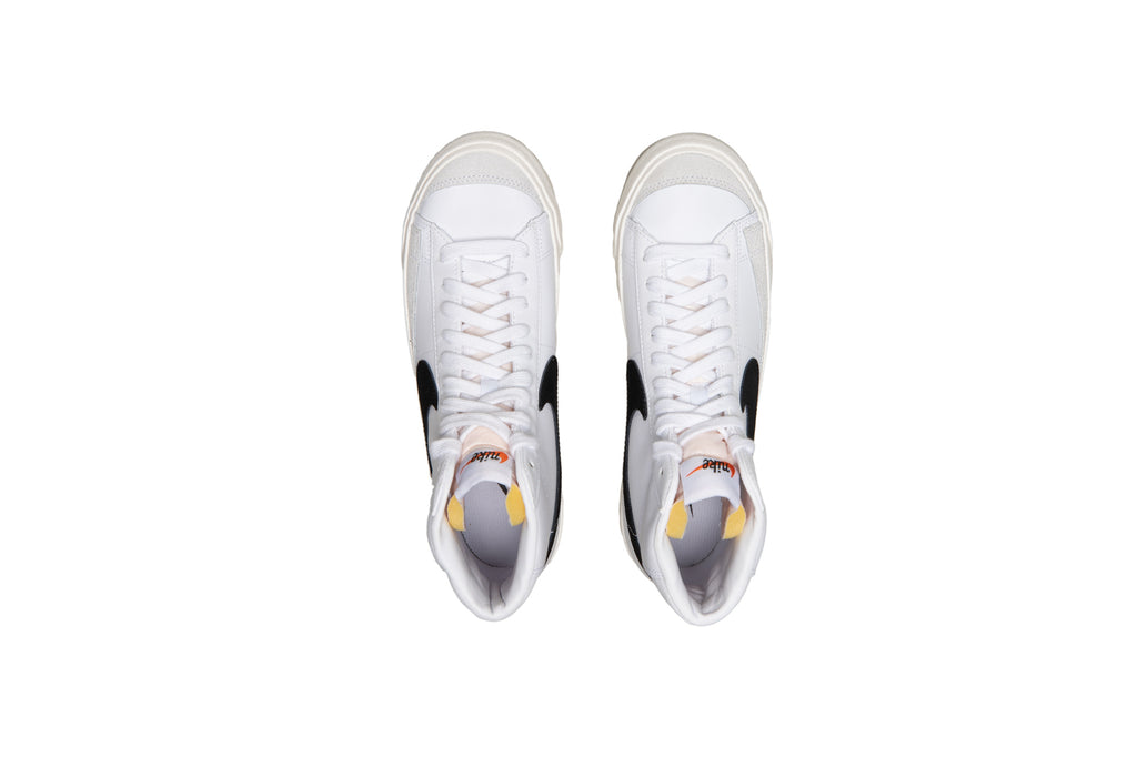 NIKE BLAZER MID '77 VINTAGE (WHITE/BLACK) - August Shop