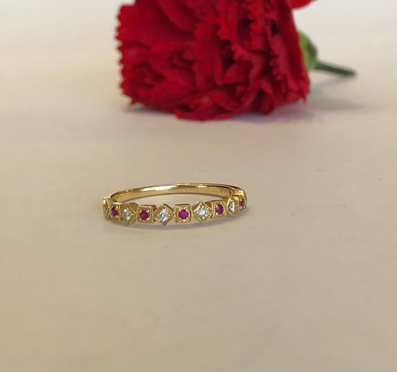 14K Yellow Gold Square and Diamond Shape Ruby & Diamond Band