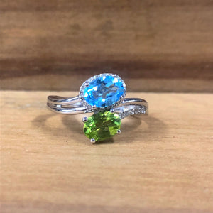 14K White Gold .06 Carat Diamond, 1.01 Carat Peridot, w/ 1.05 Carat Blue Topaz Ring - The Jewelers Lebanon