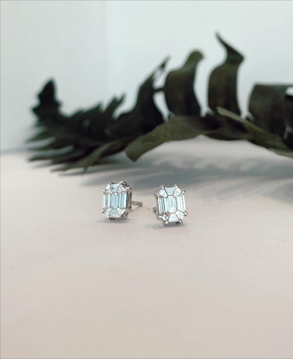 14K White Gold .85 Carat Baguette Diamond Earrings - The Jewelers Lebanon