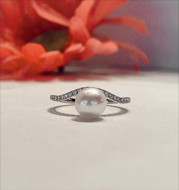 14K White Gold .18 CTW Diamond & Fresh Water Pearl Ring - The Jewelers Lebanon