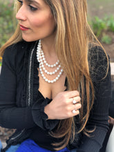 Load image into Gallery viewer, Double Strand White Knotted Pearl Necklace
