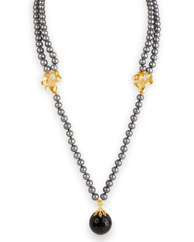Pearl and Onyx Necklace with Rich Gold Designs