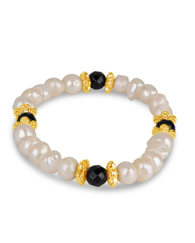Chic Pearl, Gold, and Onyx Bracelet