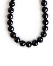 Load image into Gallery viewer, Onyx and Gold Necklace