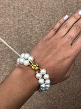 Load image into Gallery viewer, White Pearl Knotted Bracelet