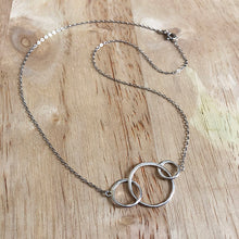 Lucky Three Circles Necklace