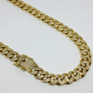 """Colar Cuban Link Gold Full Iced Out"""