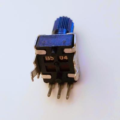 Vertical Rotary Potentiometer - RV09 - TinkerTech