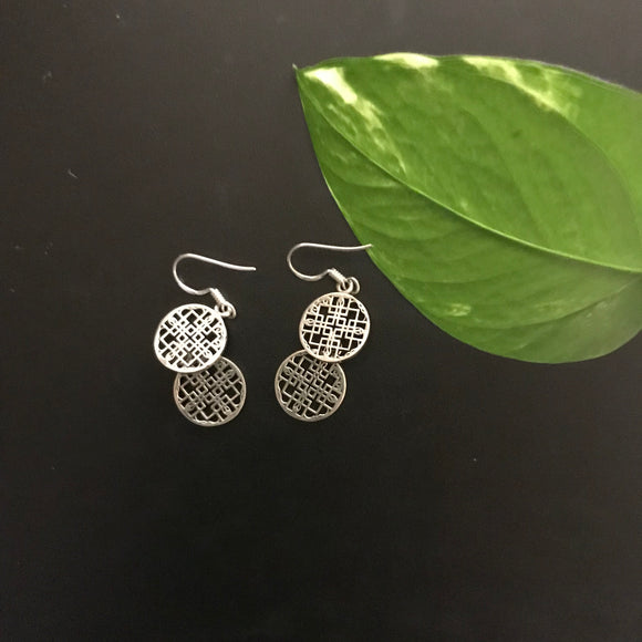 Silver dangling earrings - The Simple Flair