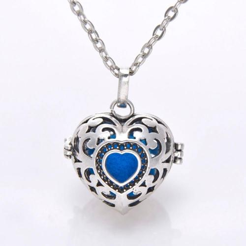 Heart Essential Oil/ Aromatherapy Diffuser Necklace - Whole Body Source