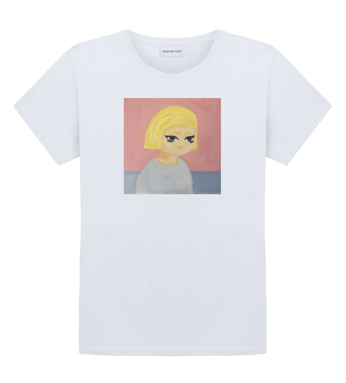 T-Shirt Unisex 100% coton  Col rond, coupe droite  Lavable à 30°  blond girl dream one studio brand streetwear