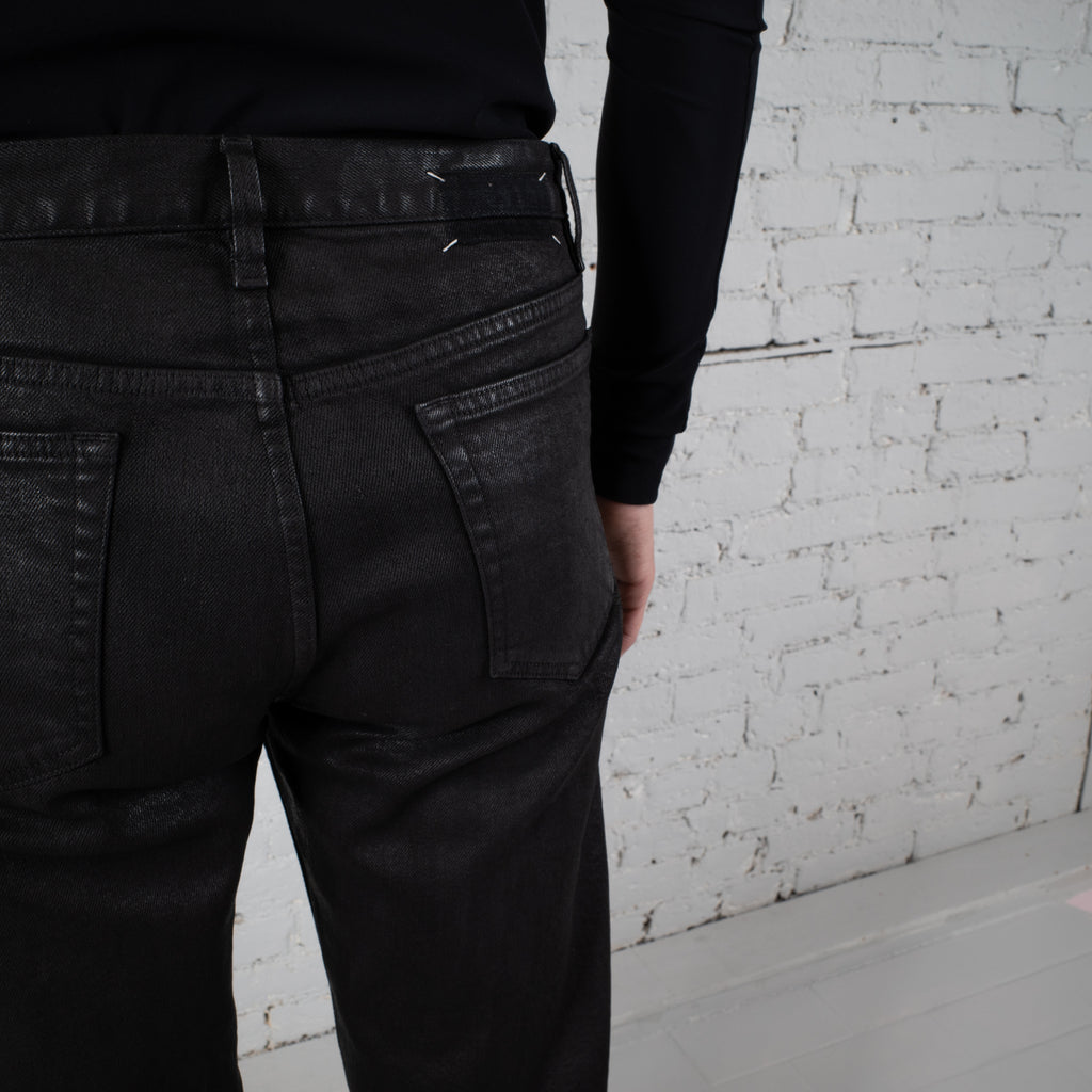 COATED JEANS BLACK