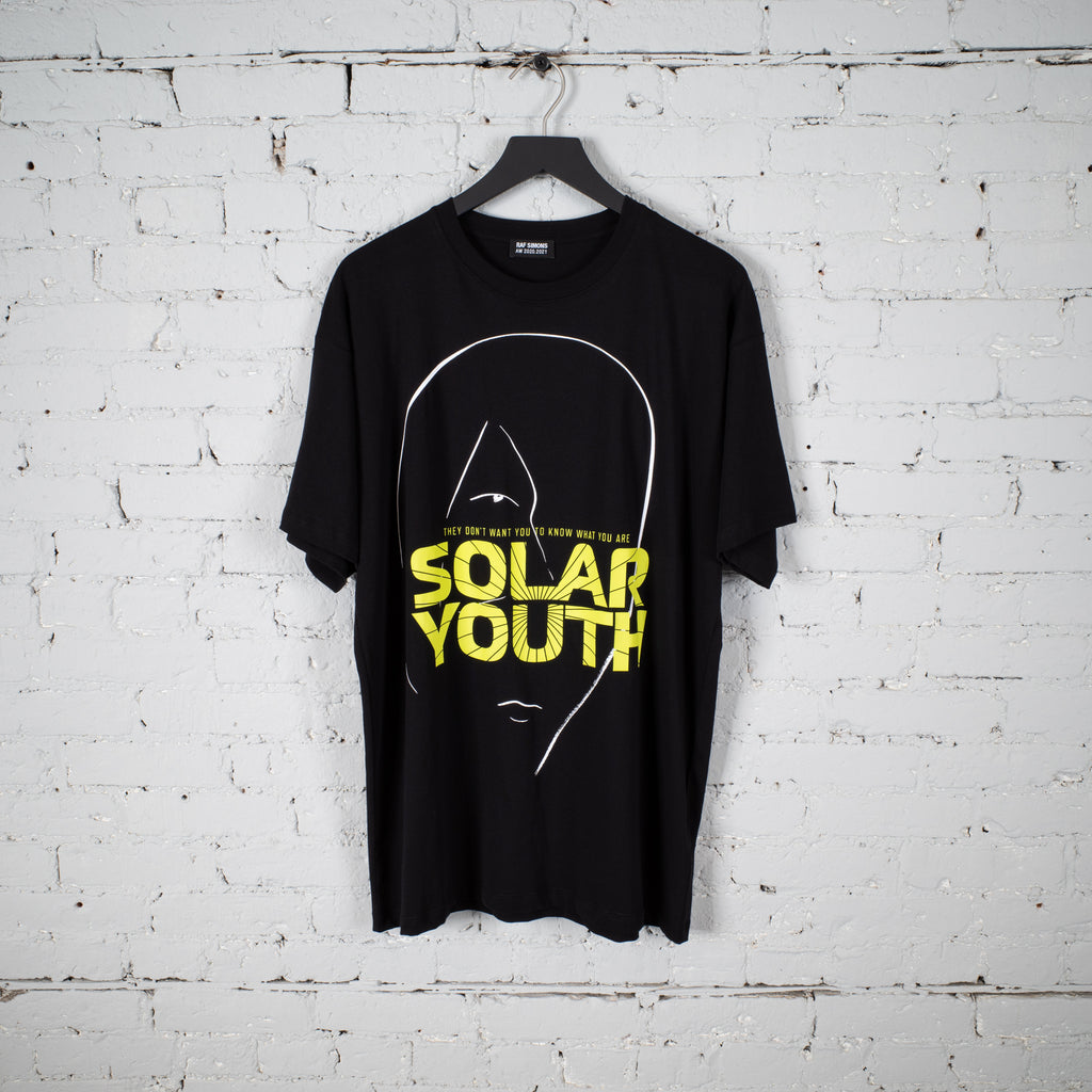 BIG FIT SS T SHIRT SOLAR YOUTH BLACK