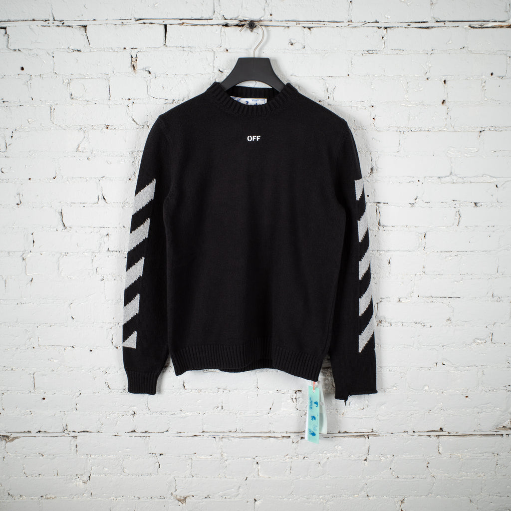 ARROW CREWNECK SWEATER BLACK