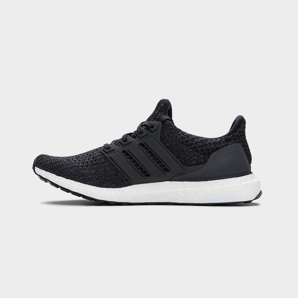 UltraBOOST 4.0 Carbon