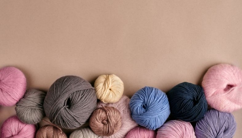 What Is the Difference Between Single Knit & Double Knit Fabric?