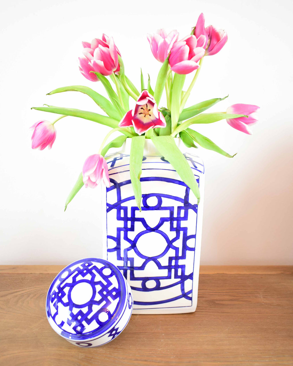 grandmillenial home decor - chinoiserie chic ginger jar