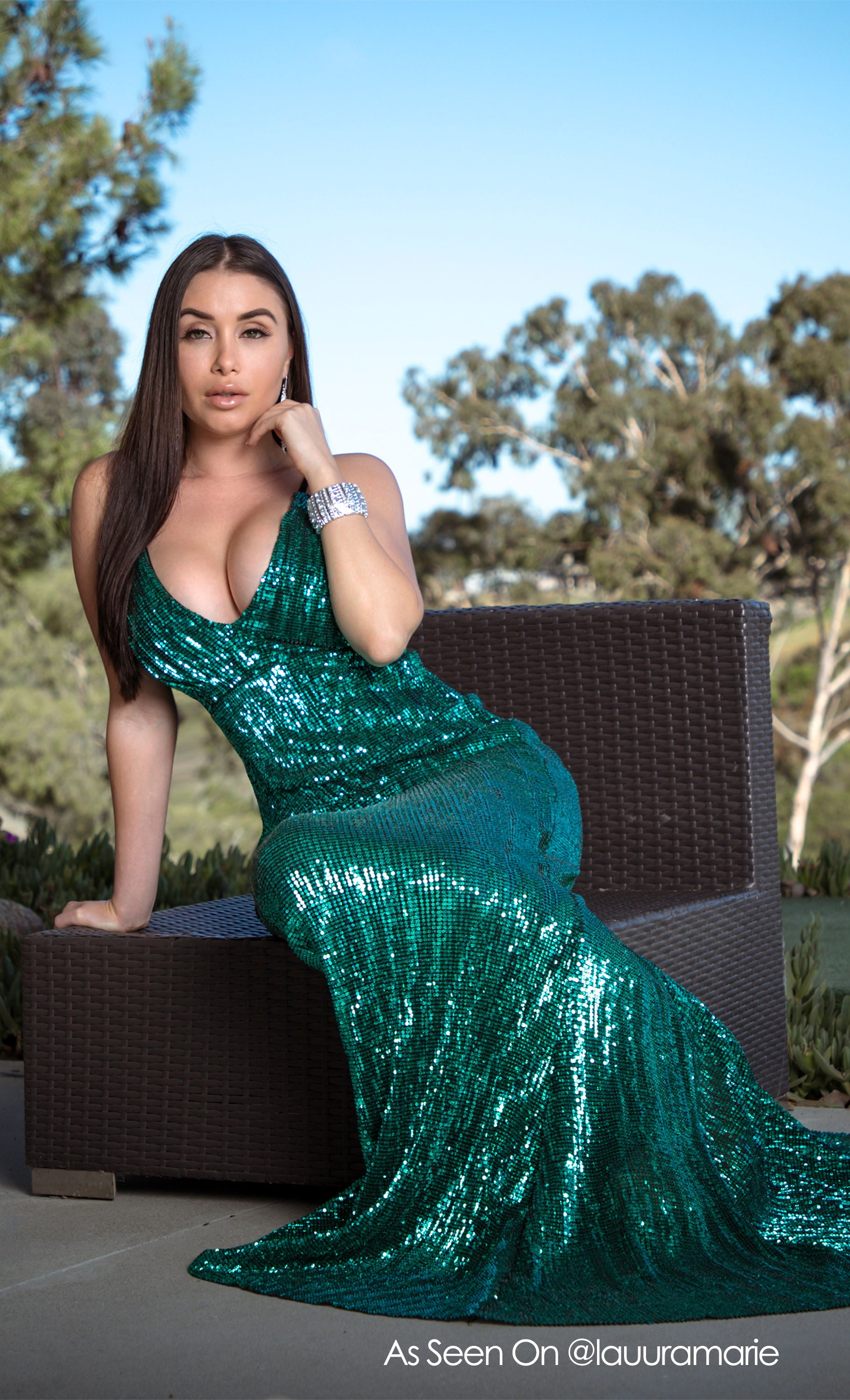 Green Light Emerald Sequin Sleeveless Spaghetti Strap Plunge V Neck Backless Mermaid Gown Maxi Dress