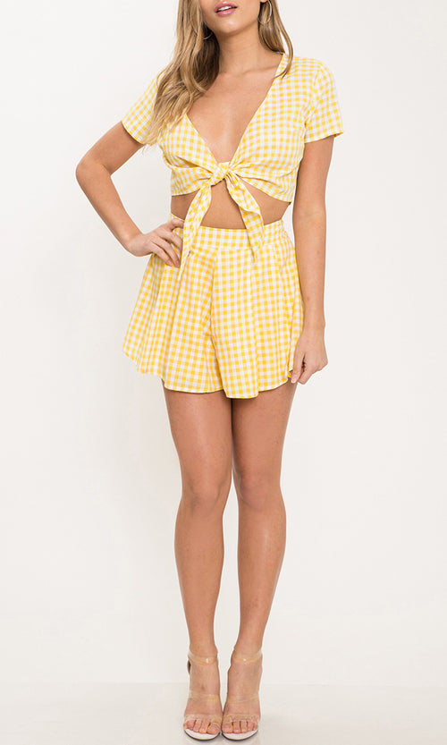 Surfside Beach Yellow Plaid Check Pattern Short Sleeve V Neck Tie Crop Top High Waist Short Two Piece Romper Set