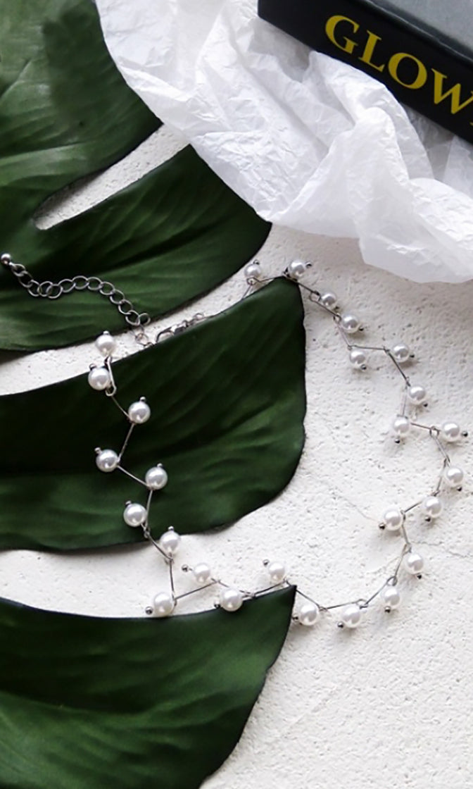 What A Lady Faux Pearl Vine Choker Necklace - 2 Colors Available
