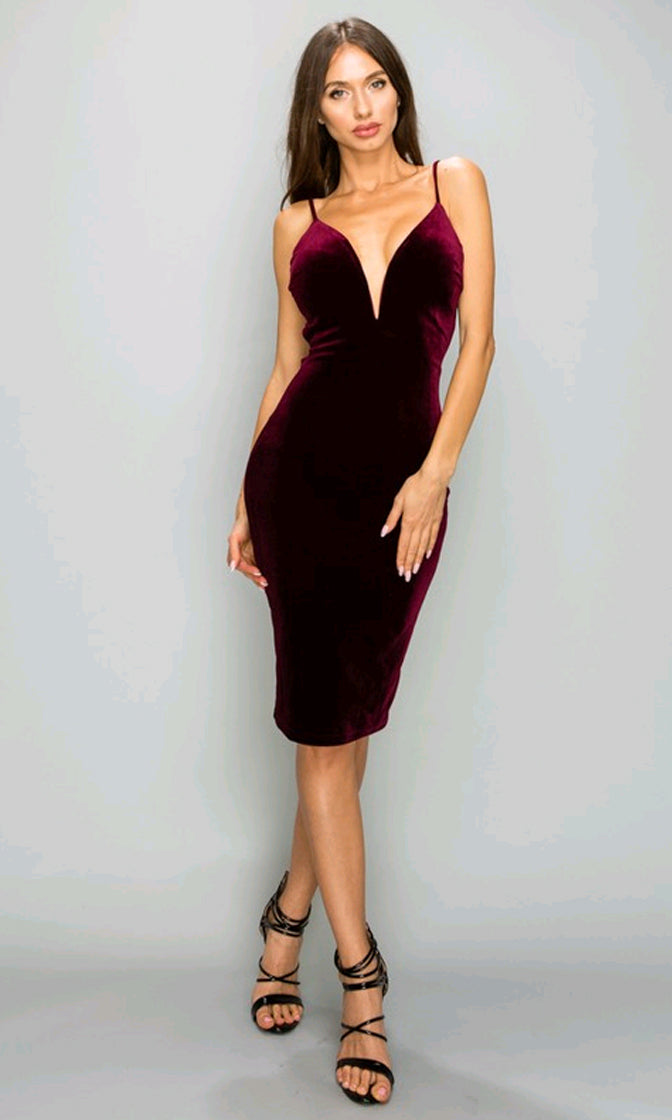 So Chic Burgundy Velvet Sleeveless Spaghetti Strap Plunge V Neck Lace Up Back Bodycon Midi Dress