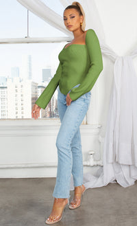 Parisian Soul Green Ribbed Long Sleeve Stretchy Bustier Sweetheart Neckline Cut Out Hem Pullover Sweater Knit Top