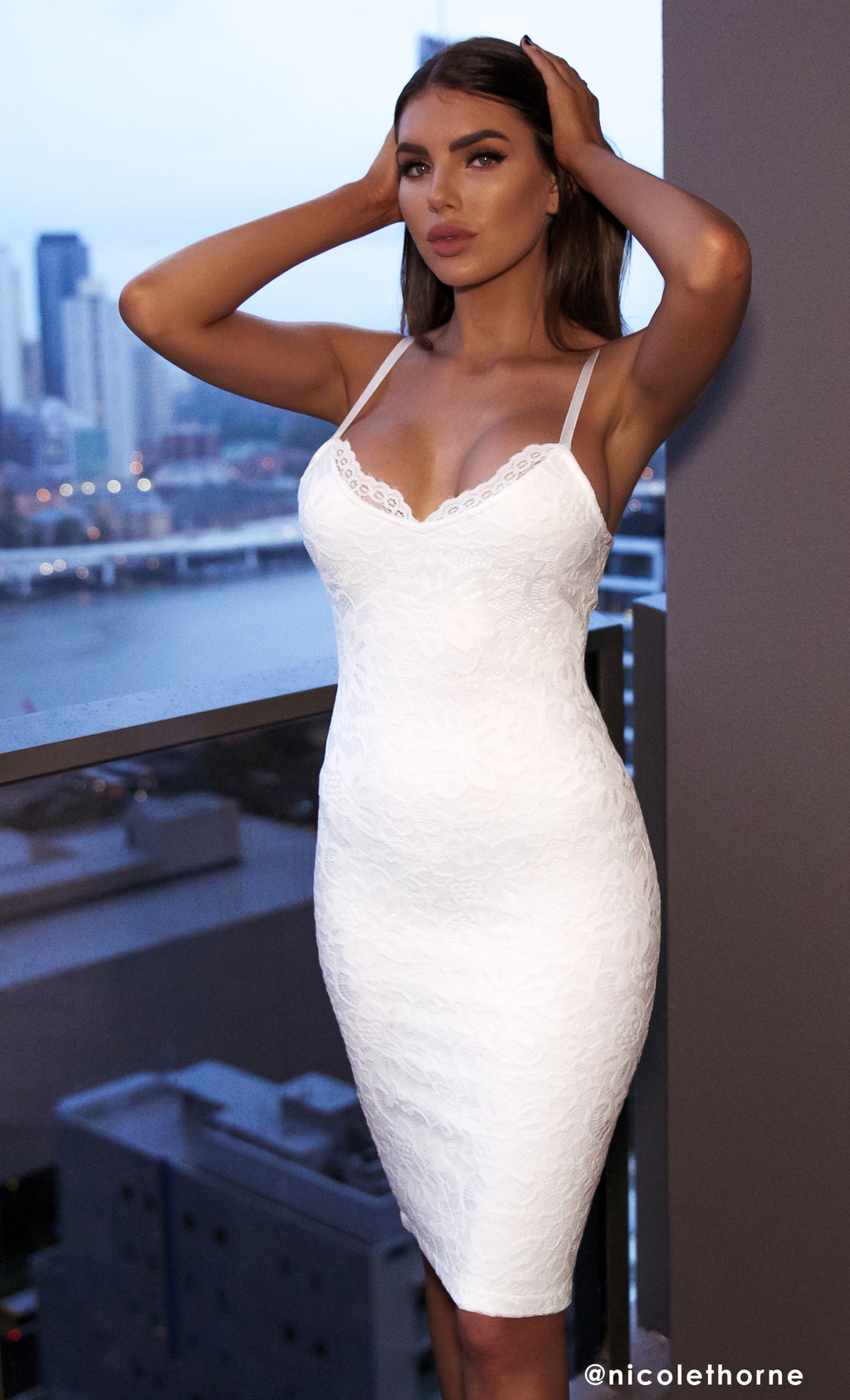 Calabasas Queen White Lace Sleeveless Spaghetti Strap V Neck Bodycon Bandage Midi Dress